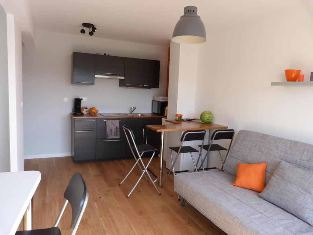 Appartement appart hotel paimpol locations de vacances for Location appart hotel bretagne