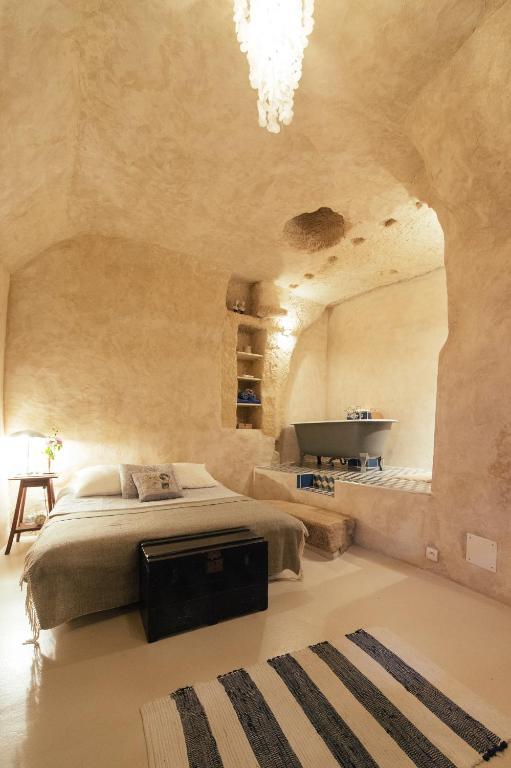 chez h l ne amboise troglodyte chambres d 39 h tes nazelles negron. Black Bedroom Furniture Sets. Home Design Ideas