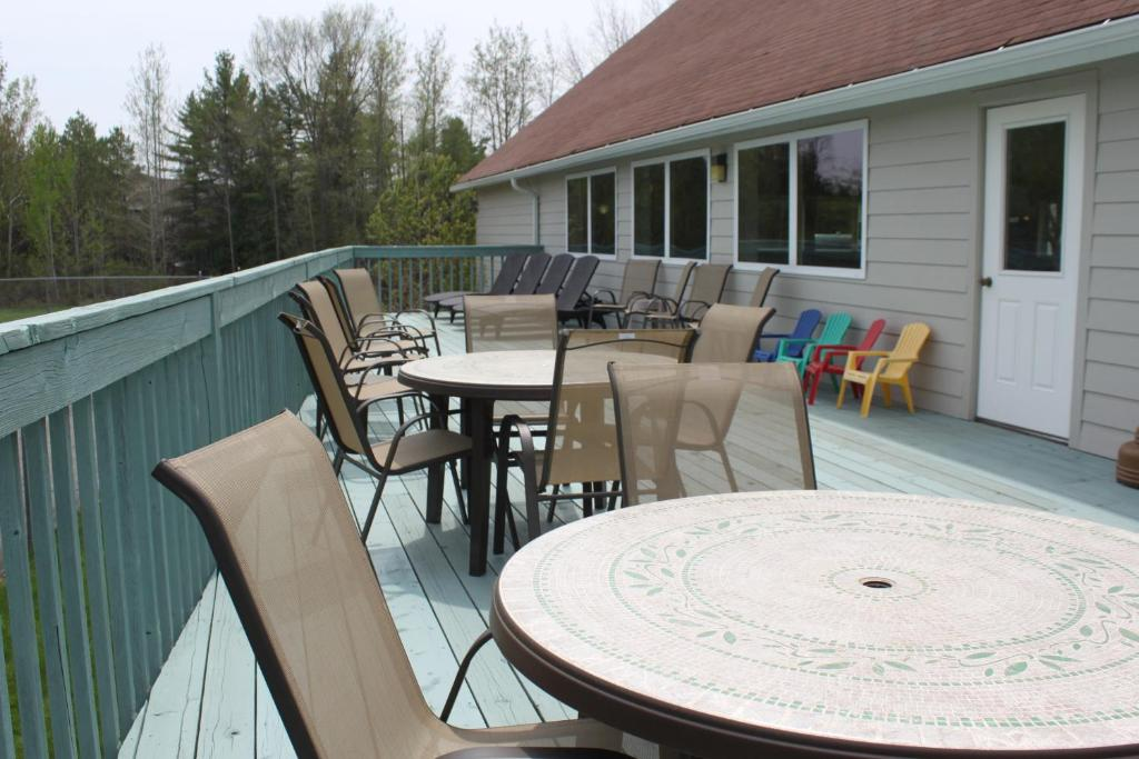Parkwood lodge menominee online booking viamichelin for Parkwood lodge fish creek wi