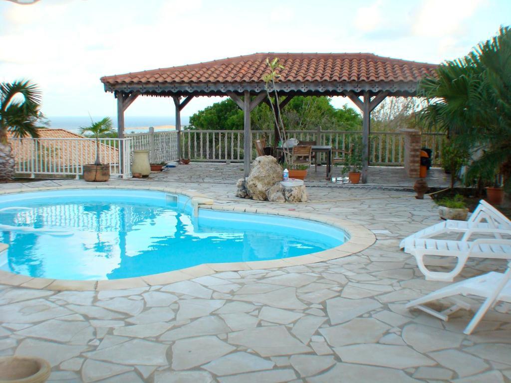 Location villa martinique mahogany piscine car interior - Location villa piscine martinique ...