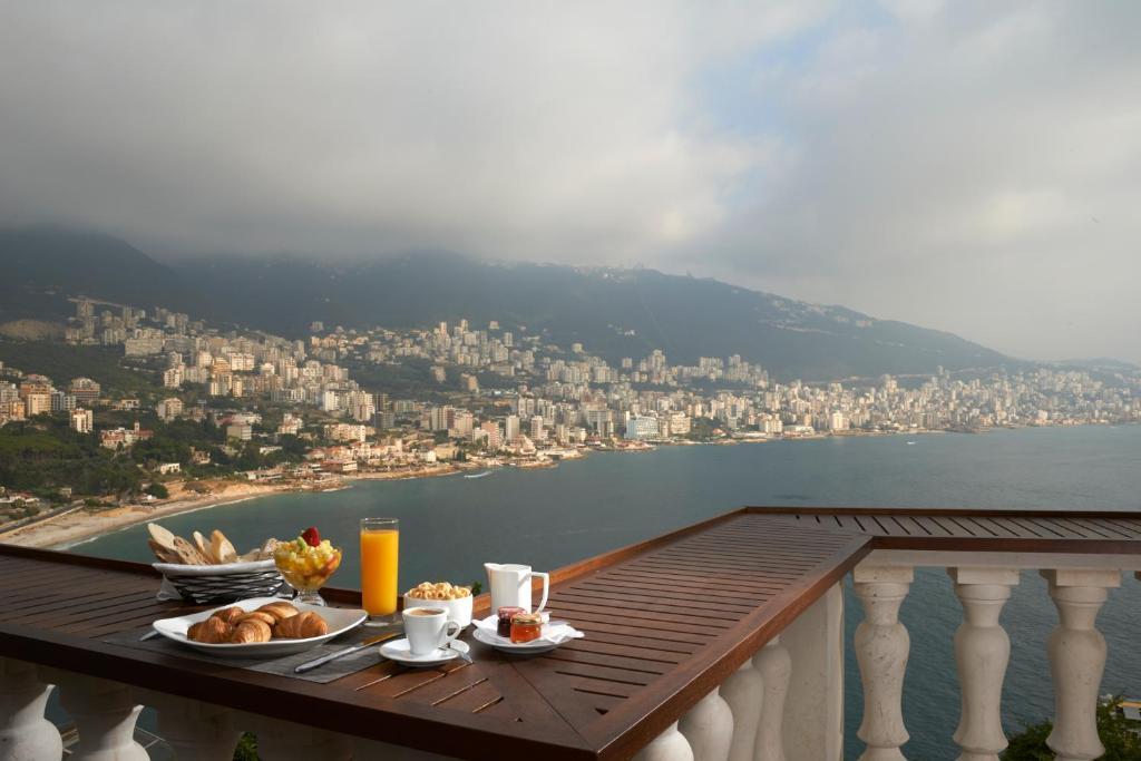 Monte cassino jounieh prenotazione on line viamichelin - Il bagno lebanon ...