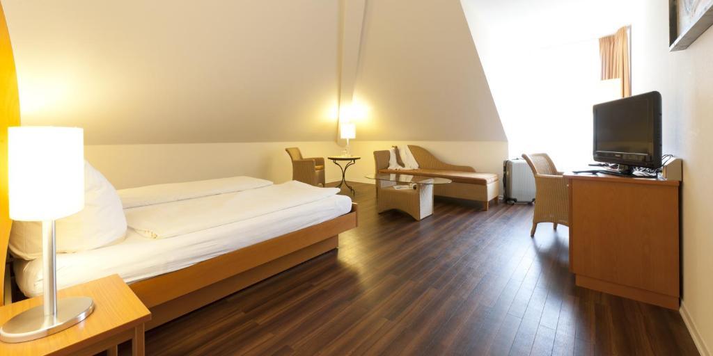 hotel ambiente dortmund prenotazione on line viamichelin. Black Bedroom Furniture Sets. Home Design Ideas