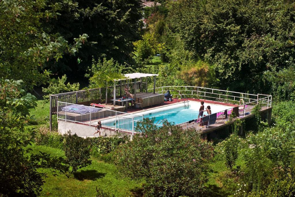 La maison du pont vieux ganges online booking for La maison du carrelage balma
