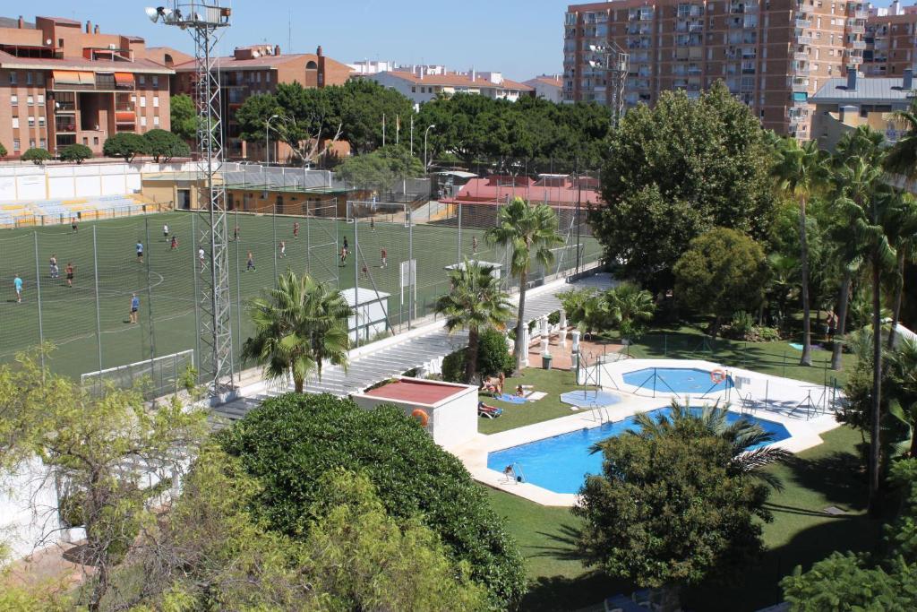 Apartamentos jardines del gamonal benalm dena online for Jardines del gamonal benalmadena