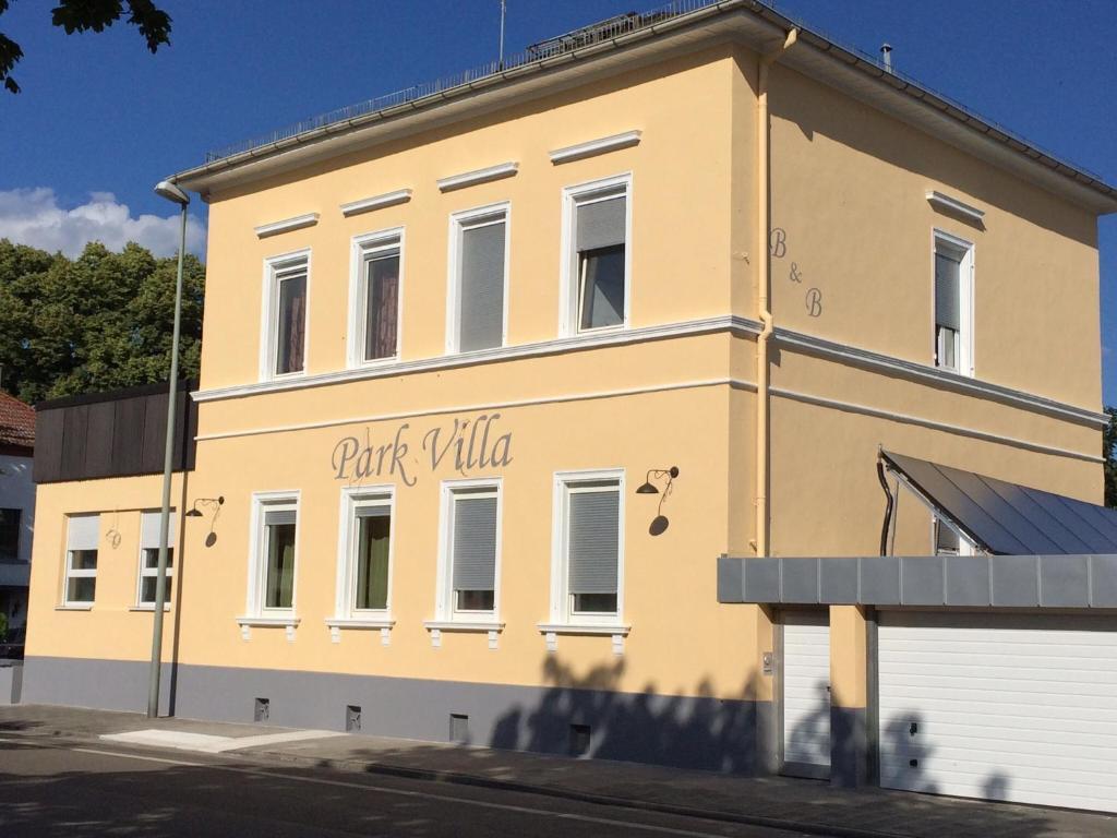 B b park villa bensheim online booking viamichelin - Kaltwassers wohnzimmer ...