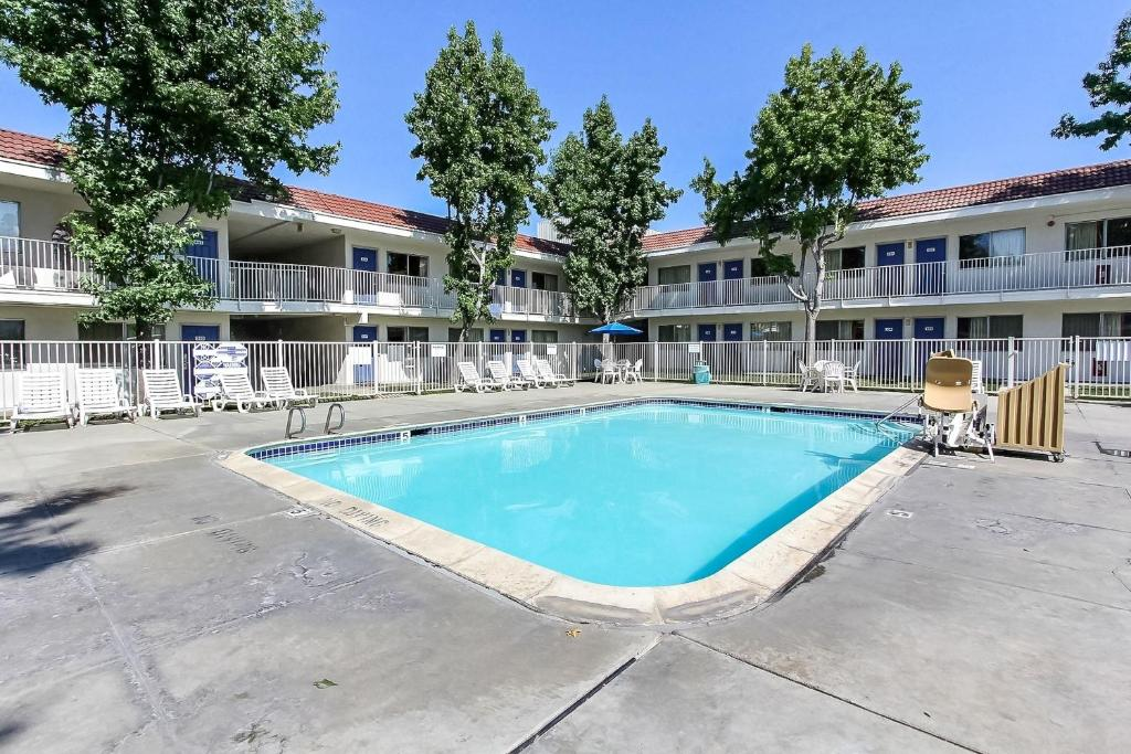Motel 6 San Jose South San Jose Book Your Hotel With Viamichelin