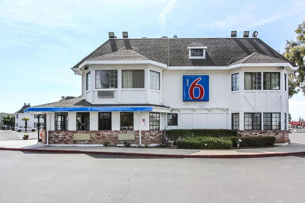 Double A Motel Fremont Ohio