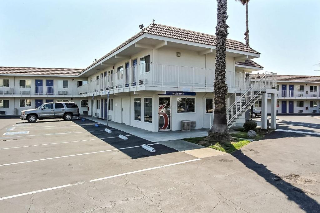Carlyle Hotel San Jose Reviews