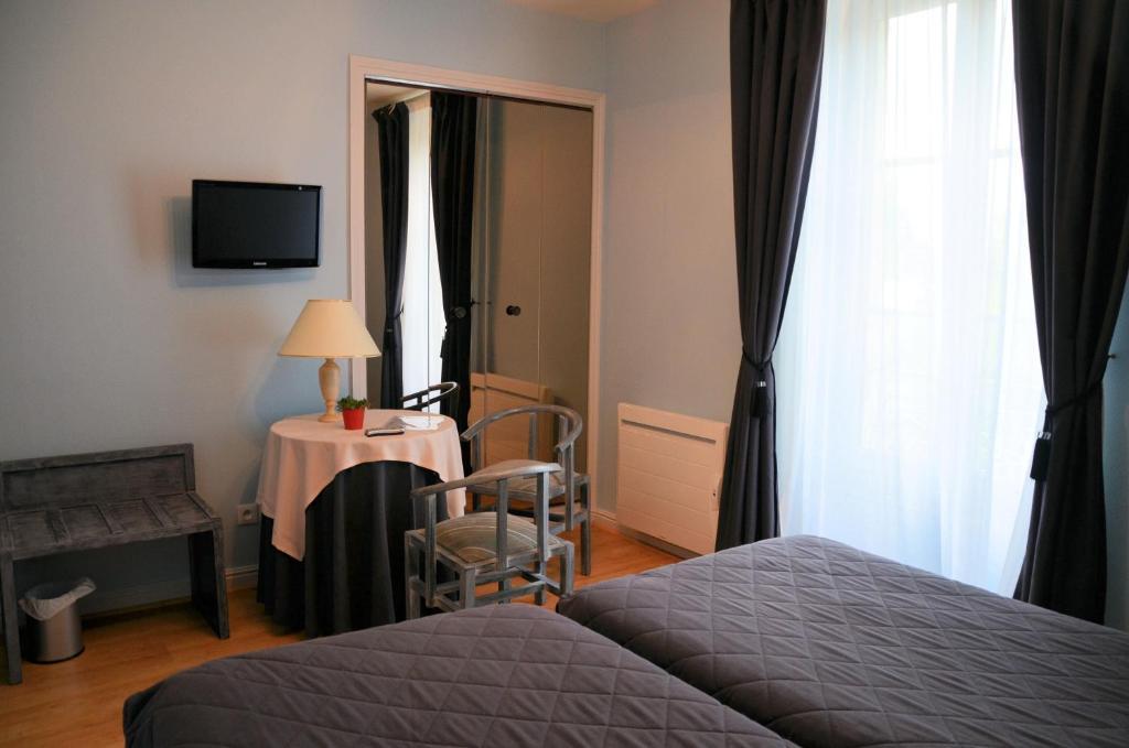 comparateur hostellerie le clos du cher noyers sur cher r servation hotels. Black Bedroom Furniture Sets. Home Design Ideas