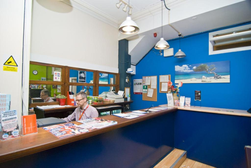 Internet Cafe Waterloo London