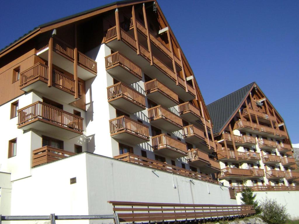 R sidence les balcons du soleil 1 r sidences de tourisme - Office tourisme st francois longchamp ...