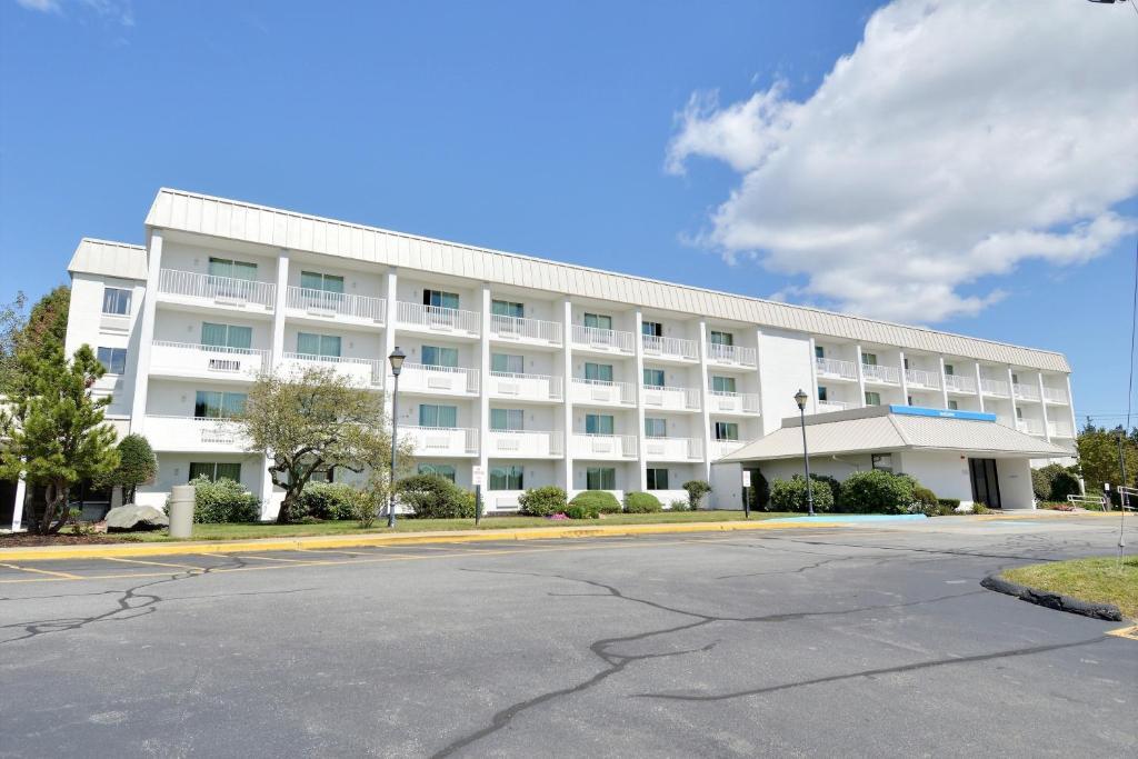 Motel  Danvers