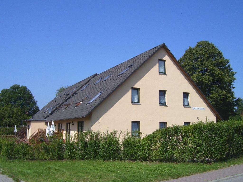 pension elmenhorst rostock prenotazione on line viamichelin. Black Bedroom Furniture Sets. Home Design Ideas