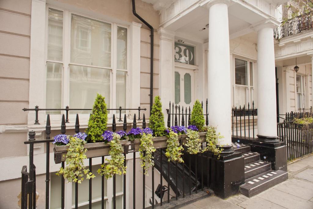 Mstay 39 studios londres reserva tu hotel con viamichelin for 39 queensborough terrace london