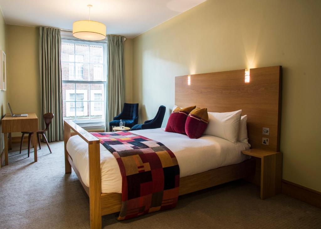 Kings College London Music Room Booking