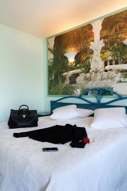 H tel de france restaurant les rois de france for Hotel de france booking
