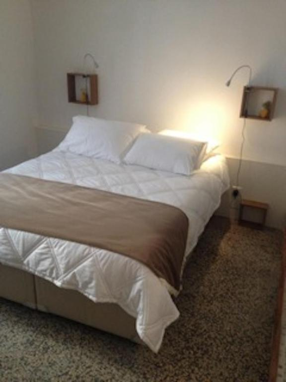 ida chambres d 39 h tes montpellier r servation gratuite sur viamichelin. Black Bedroom Furniture Sets. Home Design Ideas