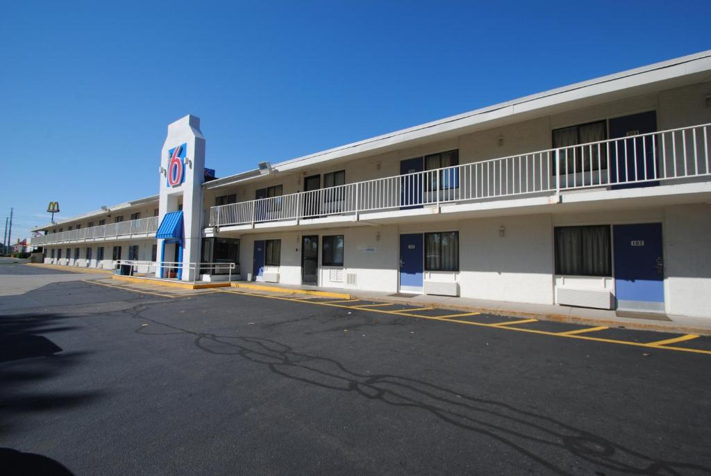 Springfield Ma Motel