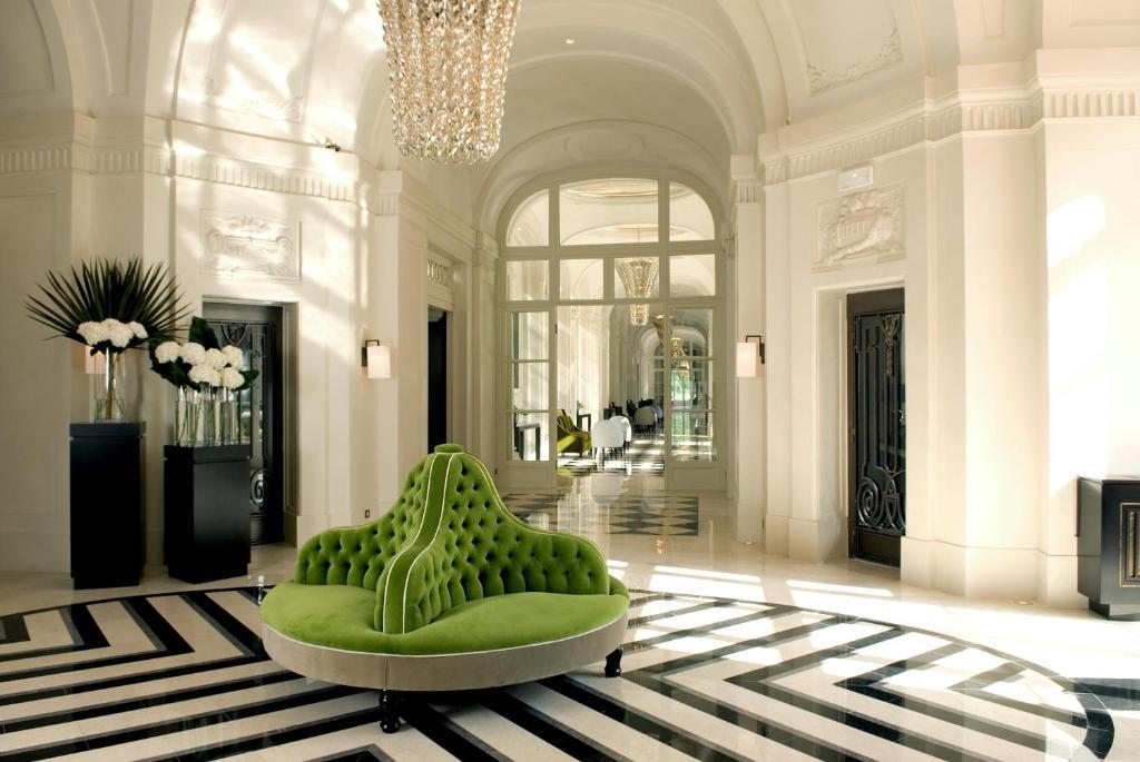 Trianon palace versailles a waldorf astoria hotel versailles book your hotel with viamichelin - Hotel trianon versailles ...