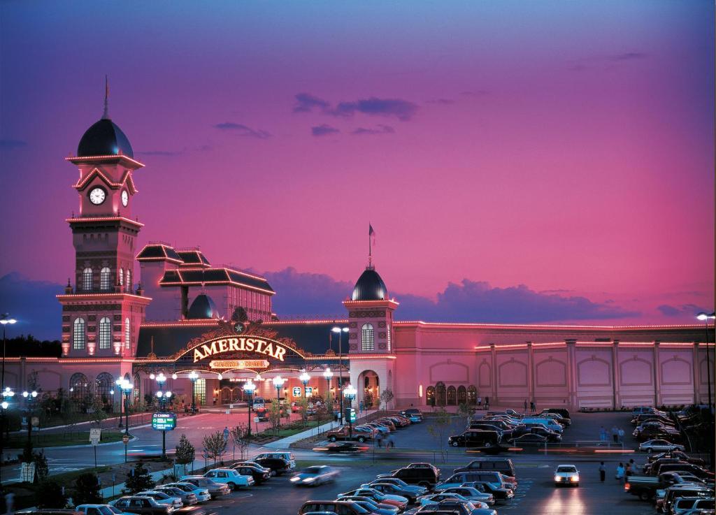 Ameristar casino hotel kansas city sugar creek for Best private dining rooms kansas city