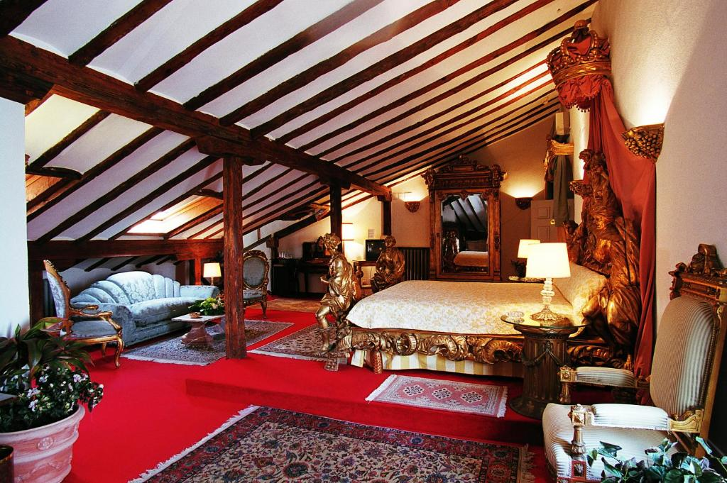 Hotel la casa grande torrej n de ardoz book your hotel for La casa grande torrejon