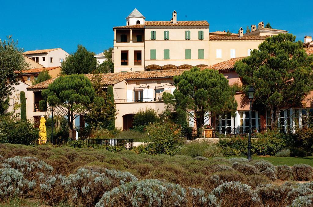 Hotel du golf de pont royal en provence r servation - Pont royal en provence office du tourisme ...