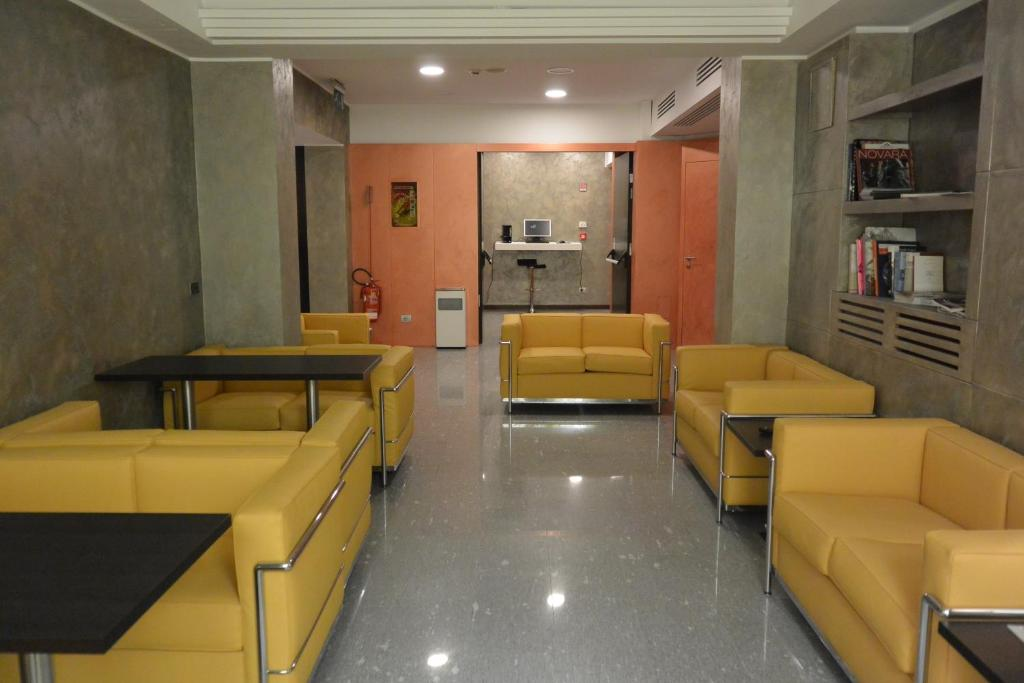 Hotel Metro Milano Via Vercelli