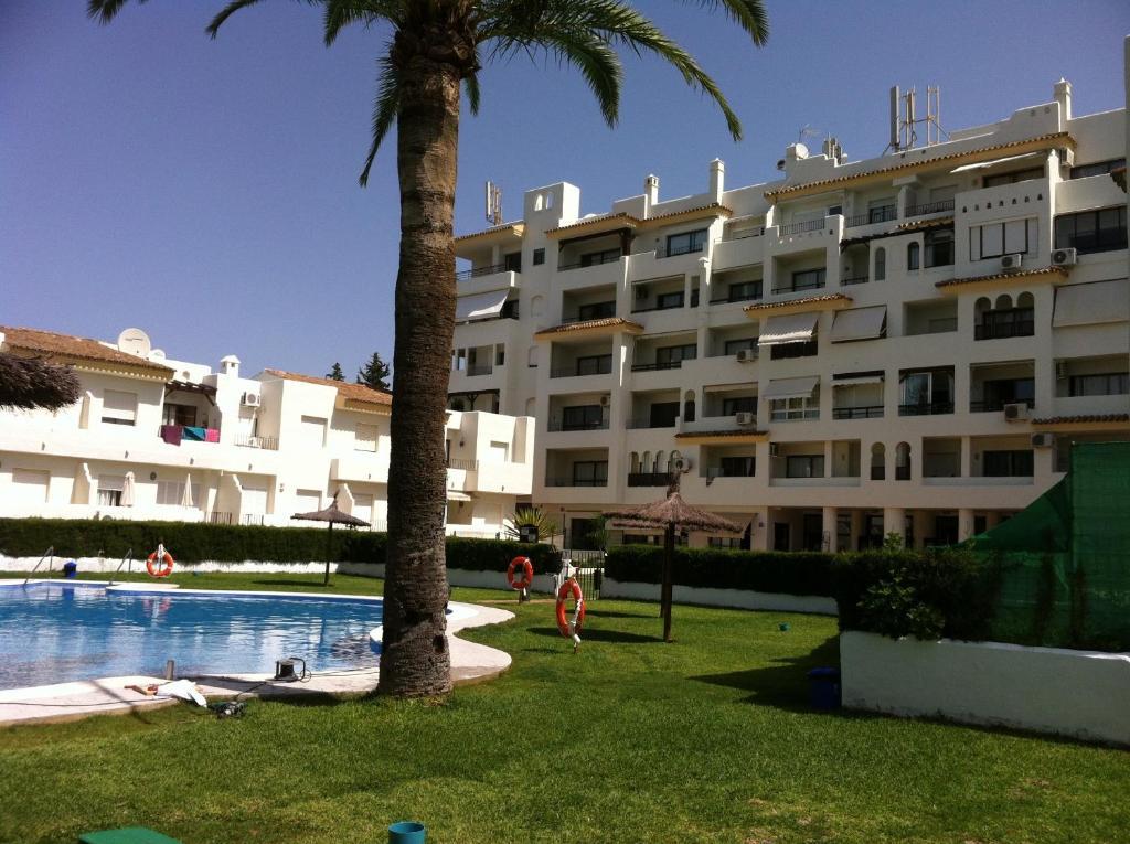 Apartamentos vistahermosa el puerto de santa mar a spain - Apartamento en el puerto de santa maria ...