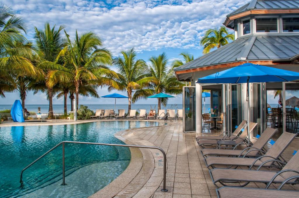 Naples Grande Beach Resort Restaurants