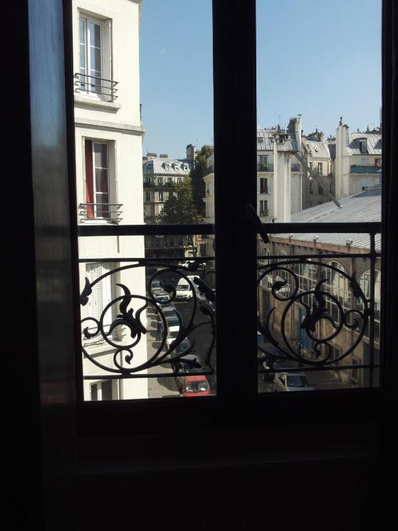 Lpl paris hotel r servation gratuite sur viamichelin for Hotel sans reservation paris