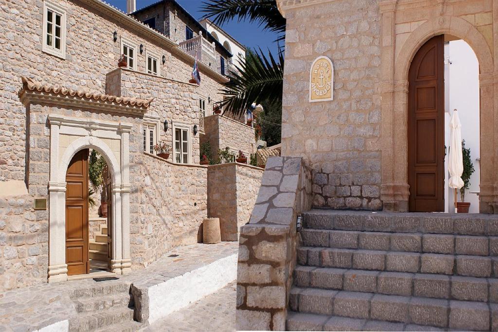 Angelica traditional boutique hotel galat s for Sauna del cortile chiavi