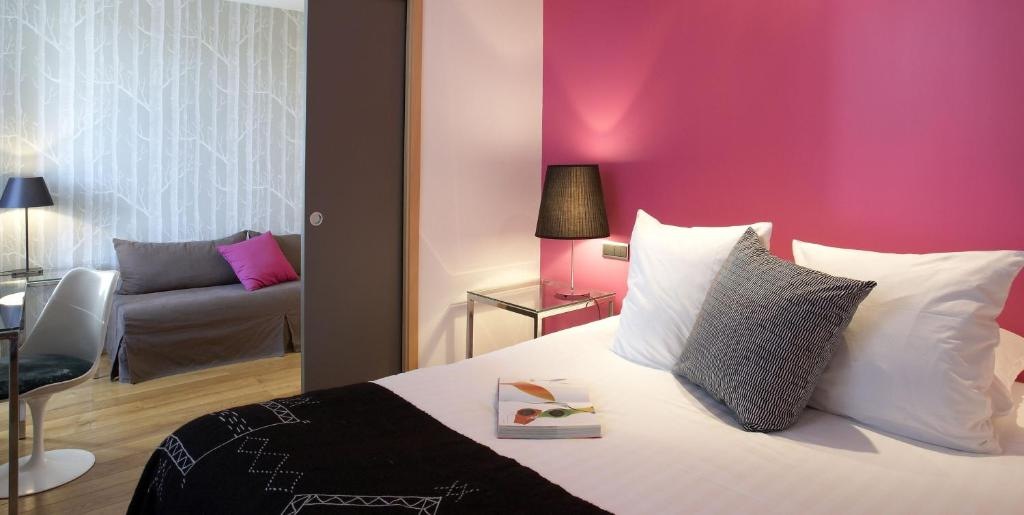 Design h tel des francs gar ons saintes reserva tu for Design hotel des francs garcons saintes