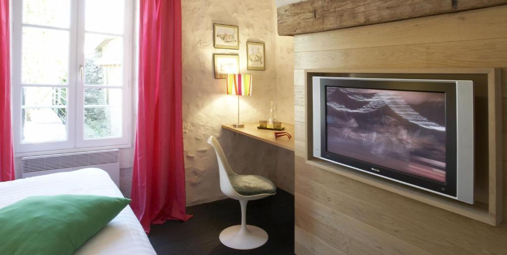 Design h tel des francs gar ons r servation gratuite sur for Design hotel des francs garcons saintes