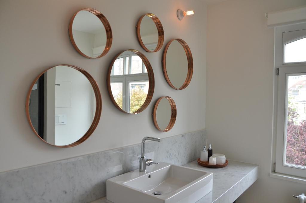 chambre d 39 h tes zita brussels r servation gratuite sur viamichelin. Black Bedroom Furniture Sets. Home Design Ideas