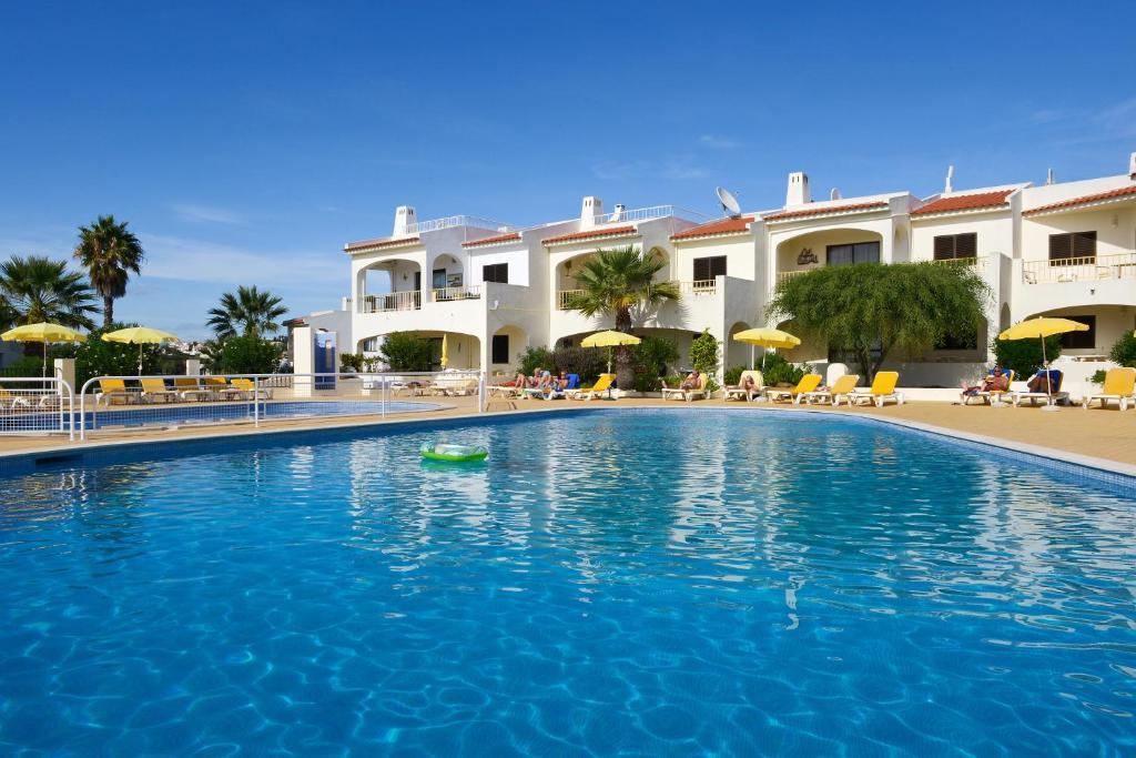 Apart hotel monte dourado portugal carvoeiro for Portugal appart hotel
