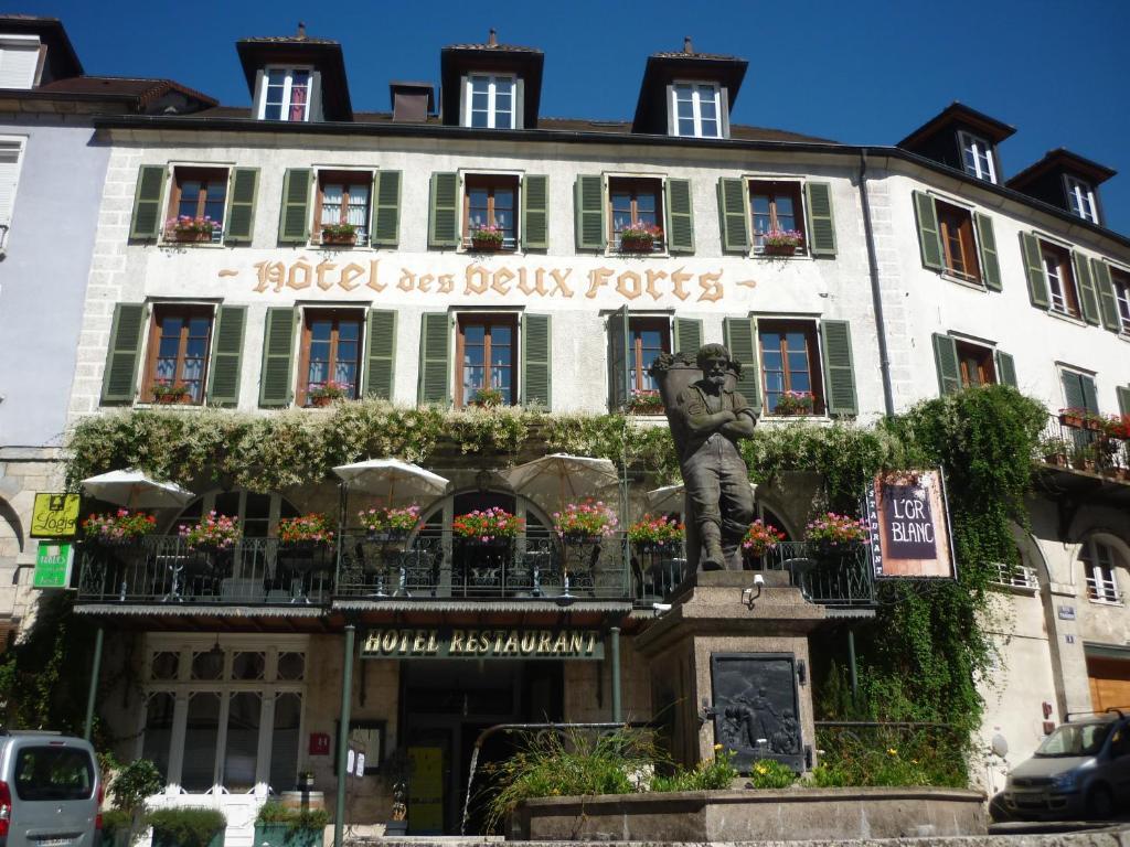 H tel des deux forts salins les bains book your hotel for Hotel des bains rue delambre