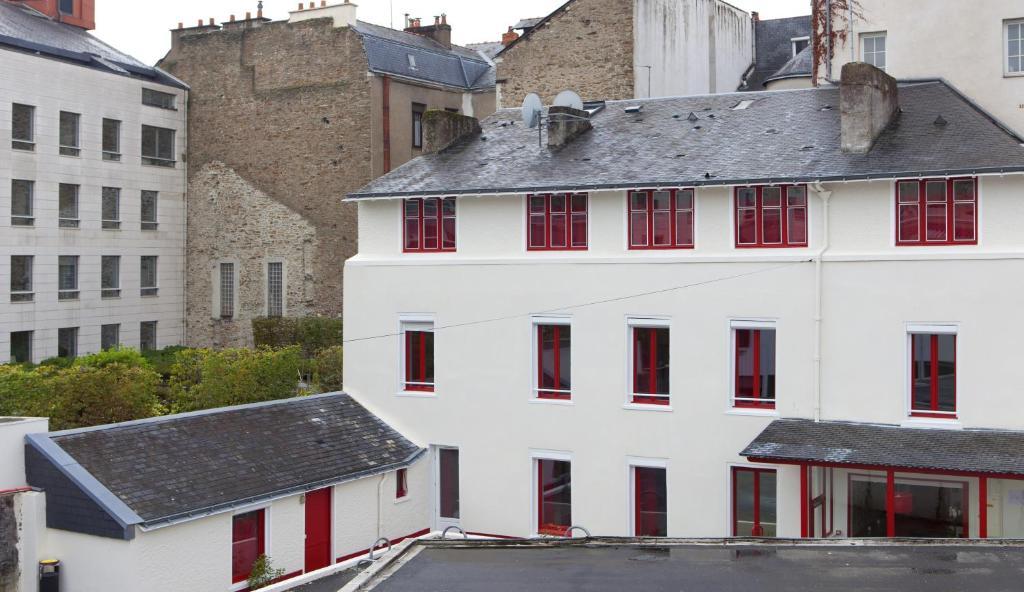 logis hotel chateaubriand nantes prenotazione on line viamichelin. Black Bedroom Furniture Sets. Home Design Ideas