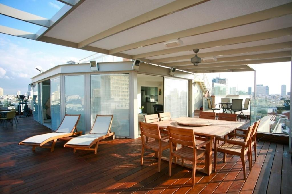 Amazing Penthouse With Private Swimming Pool Tel Aviv Yafo Book Your Hotel With Viamichelin