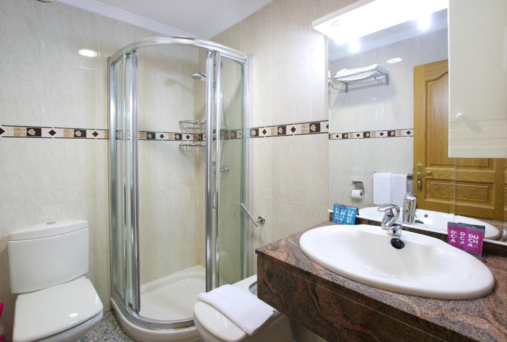 Apartamentos nuriasol fuengirola online booking viamichelin - Apartamentos nuriasol fuengirola ...