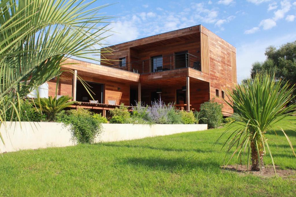 villa bois agosta plage locations de vacances porticcio
