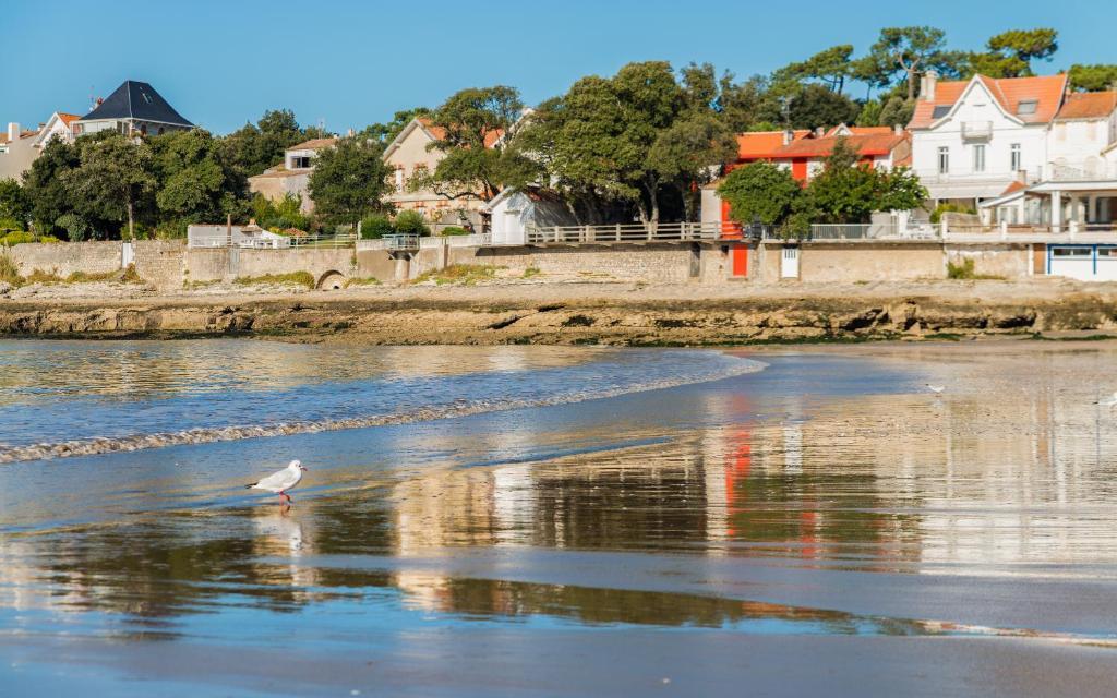 Lagrange vacances le phal ne r servation gratuite sur - Office de tourisme de saint palais sur mer ...