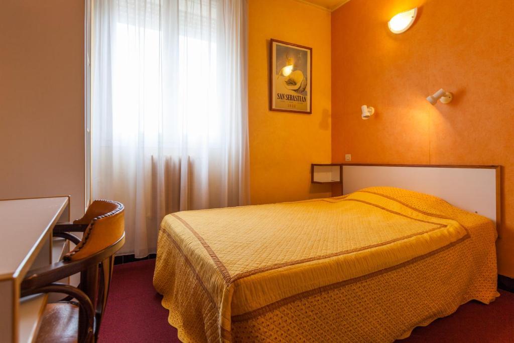 Hotel Saint Georges Bagnols Sur Ceze
