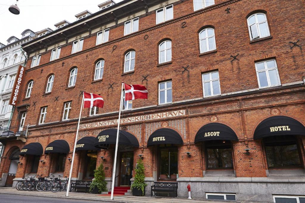 Ascot Hotel Spa