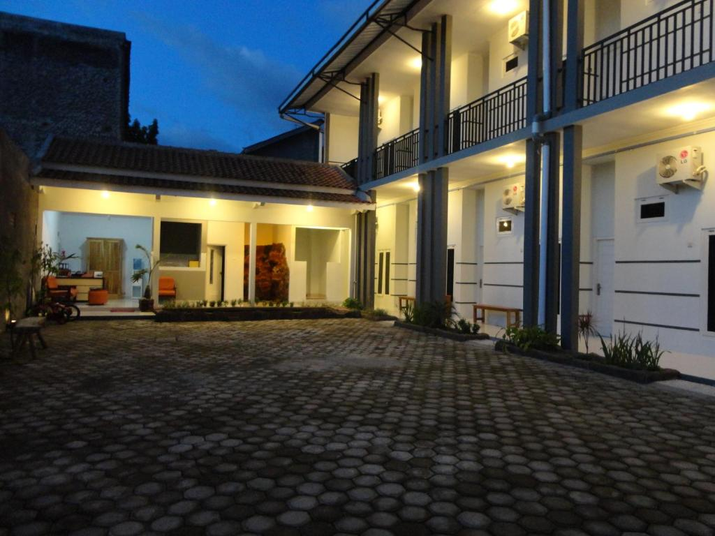 Pendowo Huis Guest House - Yogyakarta