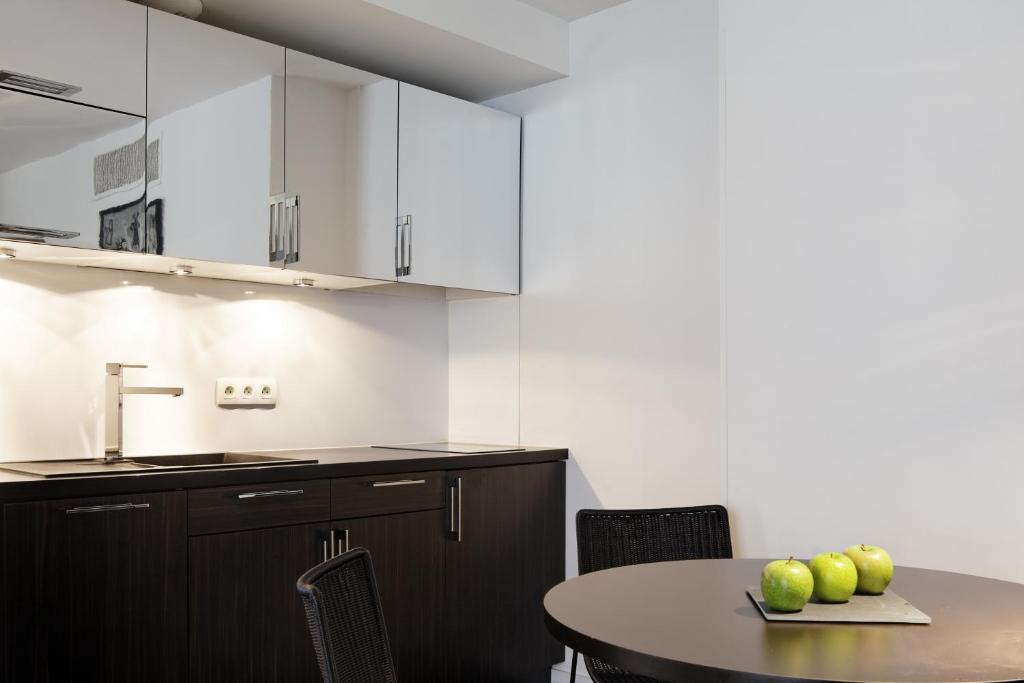 Hipark design suites nice nice viamichelin informatie for Hotel design nice