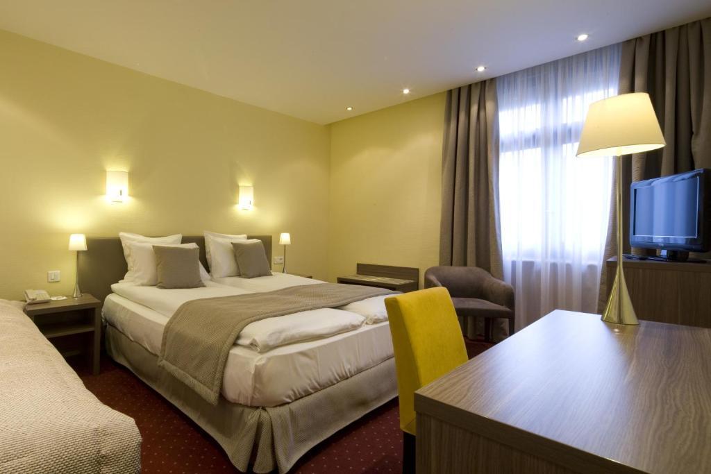Best western grand h tel bristol colmar book your for Hotels colmar