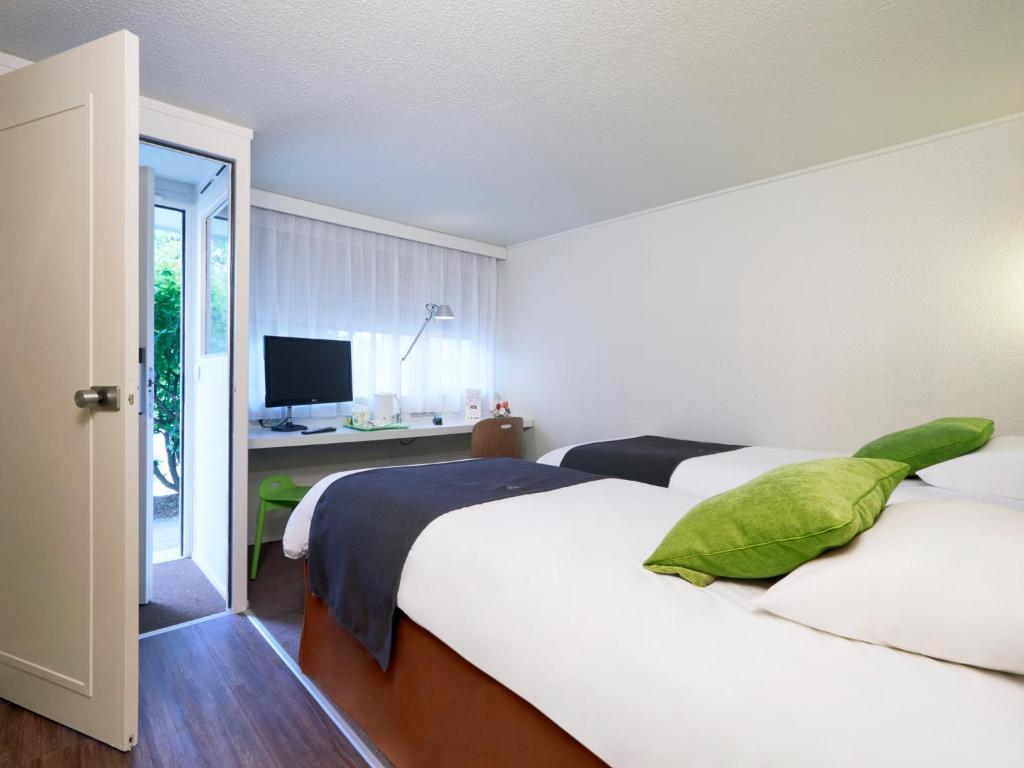 campanile chalon sur sa ne ch tenoy le royal informationen und buchungen online viamichelin. Black Bedroom Furniture Sets. Home Design Ideas