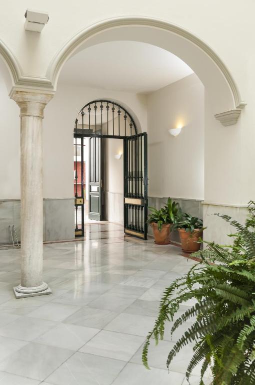 Suites sevilla plaza r servation gratuite sur viamichelin for Suites sevilla plaza