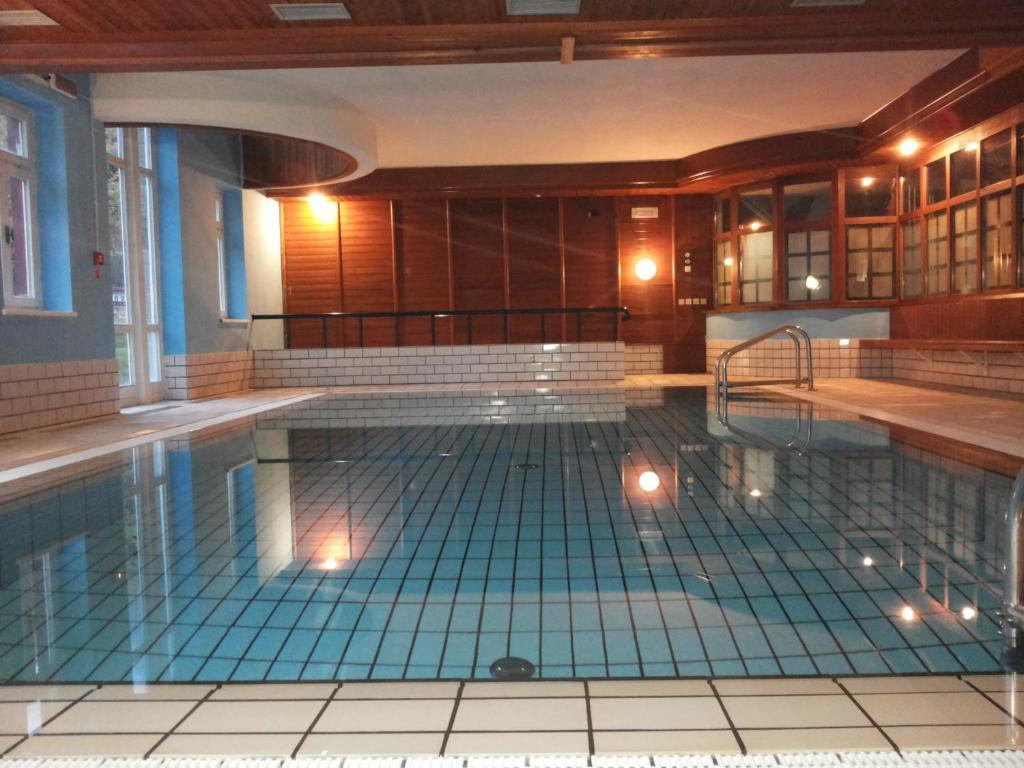 Villaggio turistico ploner cortina d 39 ampezzo reserva tu - Hotel dobbiaco con piscina ...