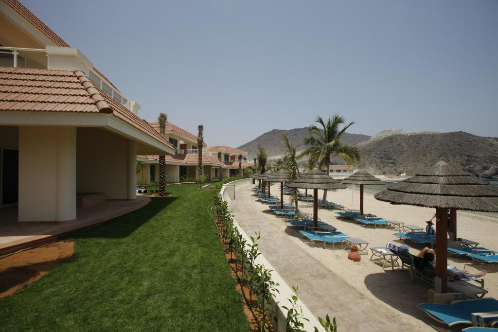 Oceanic Khorfakkan Resort Spa Restaurants